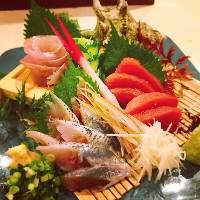 市場から仕入れる新鮮な鮮魚 その都度1番美味いものを。