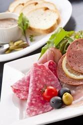 ≪群馬県産食材も使用!≫ 料理とお酒が楽しめるお店です