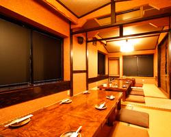 2階では個室宴会も可能!個室は8名様までと22名様までの2種。