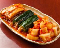 日本の味覚に合わせて作った 本場の自家製キムチもおすすめです