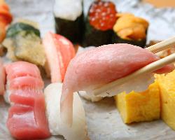 毎日仕入れるネタだから鮮度抜群!! 自慢の寿司をご賞味あれ!