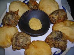沖縄てんぷらはもっちもち  人気のもずくとお芋のてんぷら