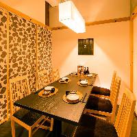 扉付きの完全個室で大切な方との飲み会にぴったりな空間を。