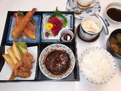 お子様松花堂 1500円 (税別)