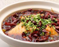 刺激的な辛さの中に魚旨味が存在感!白身魚の辛いスープ煮