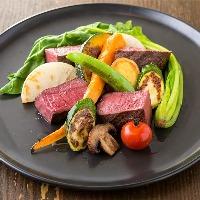 蝦夷鹿もも肉ステーキ真空焼き。調理法にも大きなこだわりを