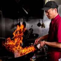 【中華料理の技】 火加減が命の炒め物は強火で一気に仕上げる
