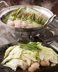 甘みのあるホルモンの脂で野菜を焼くとこれまた絶品