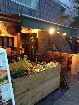 ワイン&ダイニング タパス&タパス 目黒店