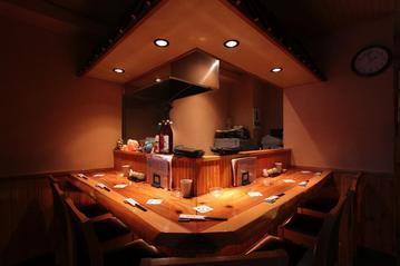 京都 丹波黒地鶏かずき 梅島店