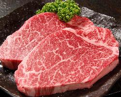 [極上の一品] 濃くて柔らかく味わい深い雌の処女牛は幻の味!