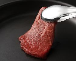 焼肉どうらくグループの本格国産牛赤身肉をご堪能下さい