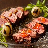 赤ワインと◎コク深く柔らかな希少肉「土佐あかうしのステーキ」