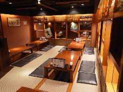 掘り炬燵のお座敷席は30席ご用意 宴会に最適な空間です!