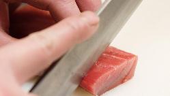 産地直送の鮮魚はお造りはもちろん焼き物、煮物、でどうぞ