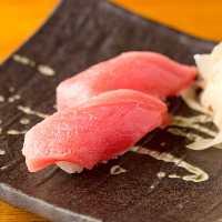 ◇寿司◇ 「本まぐろの握り」は1貫99円(税抜)とお手頃