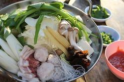 タイの定番お鍋【タイスキ】無制限食べ放題もやってます!