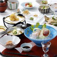 和洋折衷の数々の料理が魅力!