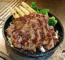 【鉄板料理】 贅沢なお肉、海鮮料理もご堪能下さい♪