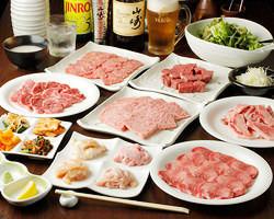 大人気のコース全10品4860円(税込) 和牛の極上肉をご堪能下さい