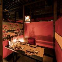 2~4名様テーブル個室はプライベートな雰囲気。3室ご用意♪