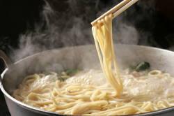鍋の〆はやっぱり麺!!