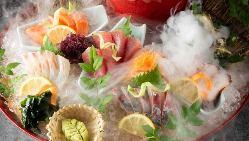 お刺身専用日本酒「さかなのささやき」や九州の地酒、焼酎も多数
