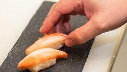 各地の地酒や熊本焼酎。本日の日本酒三種飲み比べもおすすめ
