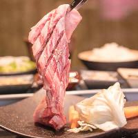 極上の肉を最高級の状態で提供。特選サーロインステーキ。