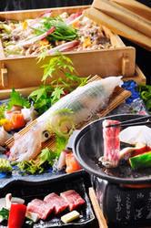 旬の素材を活かした和職人の お料理をご堪能下さい。