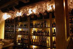 泡盛はもちろん、全国のおいしいお酒を取り揃えています。