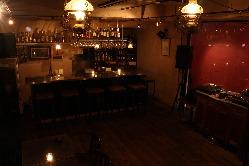 Barシロッコ、飲みたい人はここ! 深夜3時まで営業中!