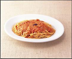 カプリの不動の人気メニュー トマトとにんにくのスパ