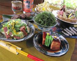 美味しい料理と落ち着いた琉球風情をお楽しみ下さい。