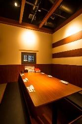接待から家族連れまで幅広く利用できる個室 (2階席全室個室)