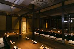 趣のある寛ぎの個室。 初夏の宴会を華やかな宴に…最大25名様★