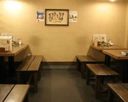 バリアフリーのテーブル席