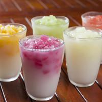 味付き氷とカルピスで作る「クラッシュジュース」をお試しあれ