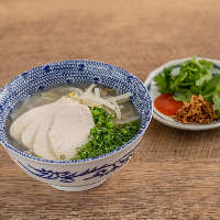 中洲でフォー・パッタイの本格タイ料理も味わえちゃいます◎