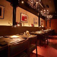 【店内】 焼肉店とは思えない贅沢な気分を満喫できる空間です
