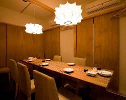 接待、お食事会など大切なひとときを個室空間でお楽しみください