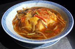 カニ肉天津飯