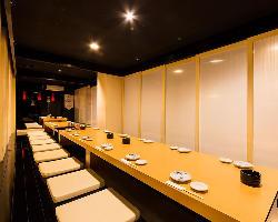 各種個室完備 4名・6名最大80名までの宴会も対応しています