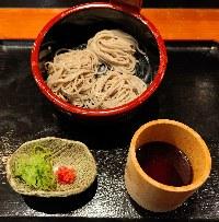 お寿しやご飯もの、麺類などお食事メニューも豊富にございます