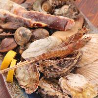 【こだわり厳選食材】 長浜の魚市場で仕入れる新鮮魚介を提供