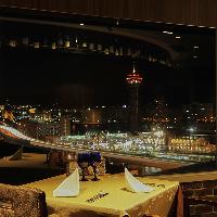 特別な日のディナーは、煌びやかな夜景とともに♪