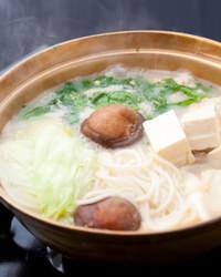 〆として、雑炊かスープかけご飯を選択できる。