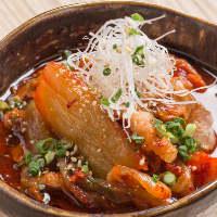 七輪焼に合う韓国料理も盛沢山。本格的な美味しさです。