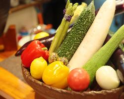 【四季の旬食材】 丹精込めたお料理をお楽しみ下さい。