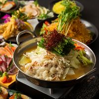 こだわり食材を使用した、九州各地の郷土料理をお楽しみください